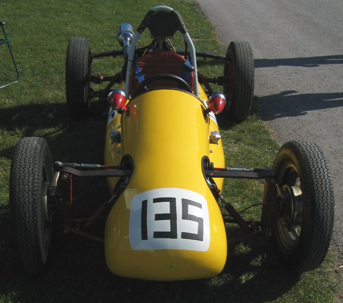 FMS Nose at Cadwell June 2004.jpg (78013 bytes)