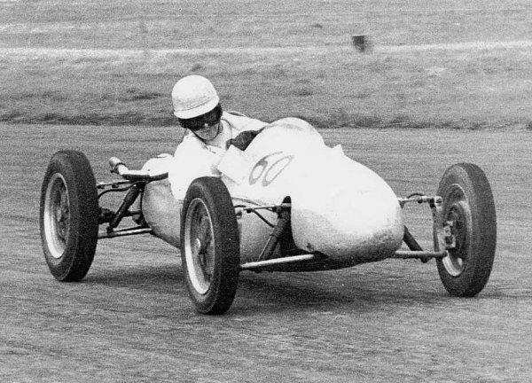 Henry Taylor Silverstone 55.jpg (73068 bytes)