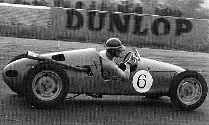 JP Silverstone 1954.jpg (16590 bytes)