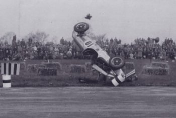 Collins crash 1951.jpg (13360 bytes)