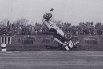 Collins crash 1951.jpg (13360 bytes)