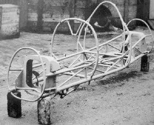 Buckler 500 chassis front angle mdb.JPG (23720 bytes)