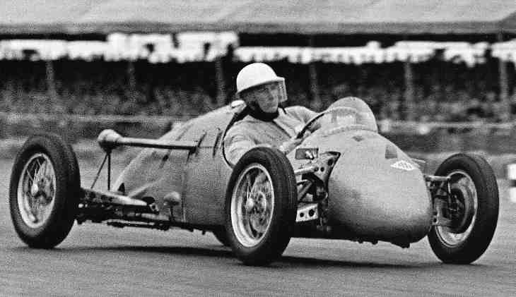 Moss Kieft Silverstone 51.jpg (27089 bytes)